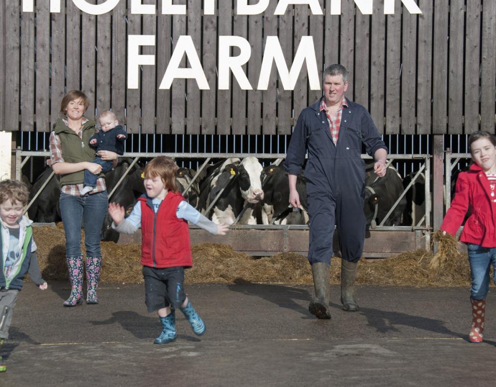 https://alanjacksondesign.co.uk/wp-content/uploads/2021/09/hoys-farmhouse-img4.jpg